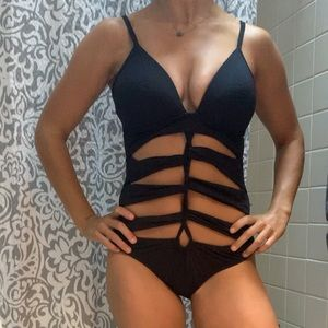 KENNETH COLE STRAPPY ONE PIECE